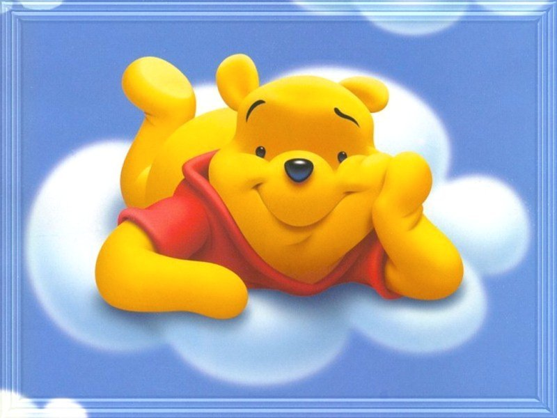 http://poohpics.narod.ru/pictures/disney/pooh/cloudypooh.jpeg